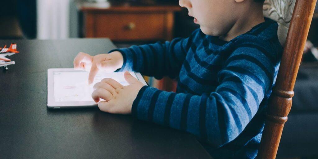 ビジュアルプログラミングが向いている子どもの特徴