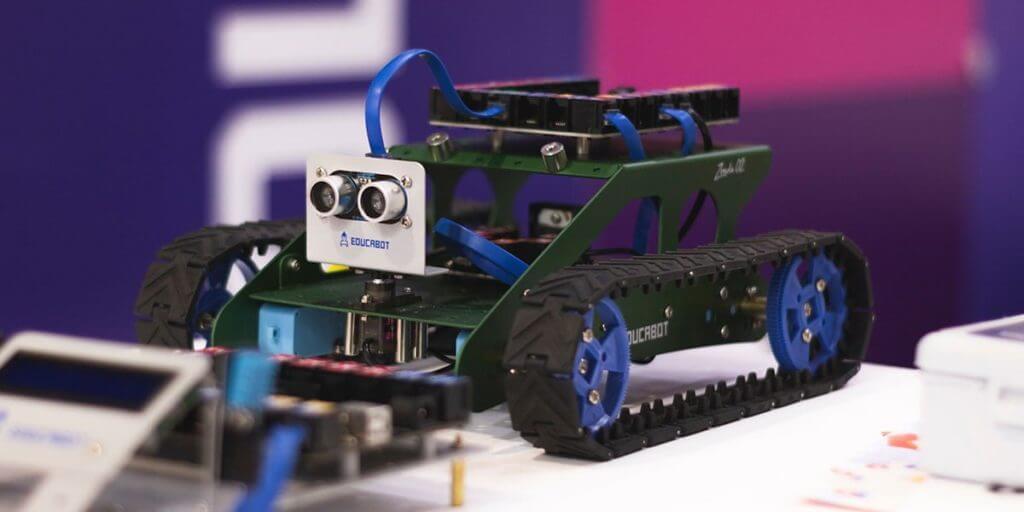 ロボットプログラミングが向いている子どもの特徴